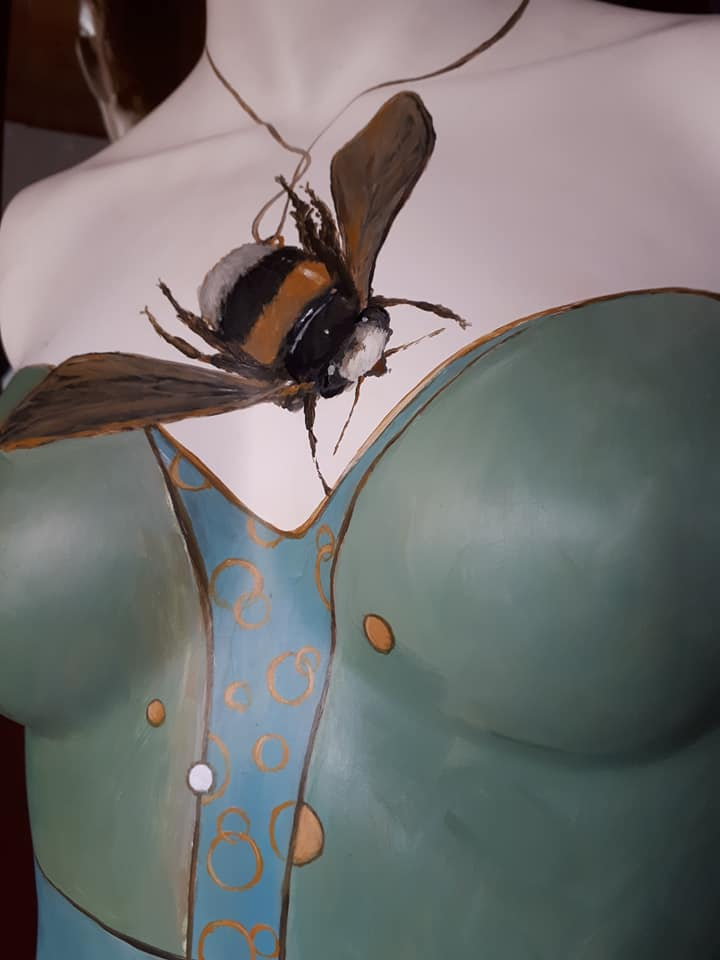 Mannequin and the Bumble Bee